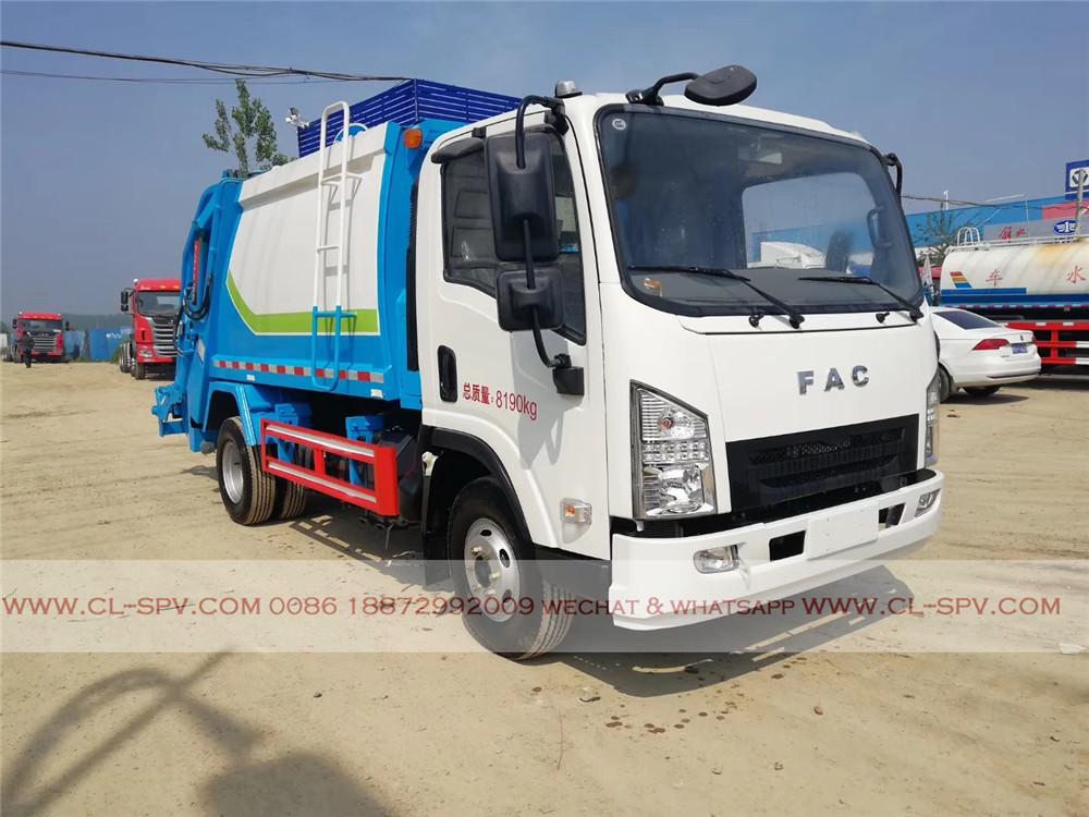 Vorderansicht FAC compactor Müllwagen