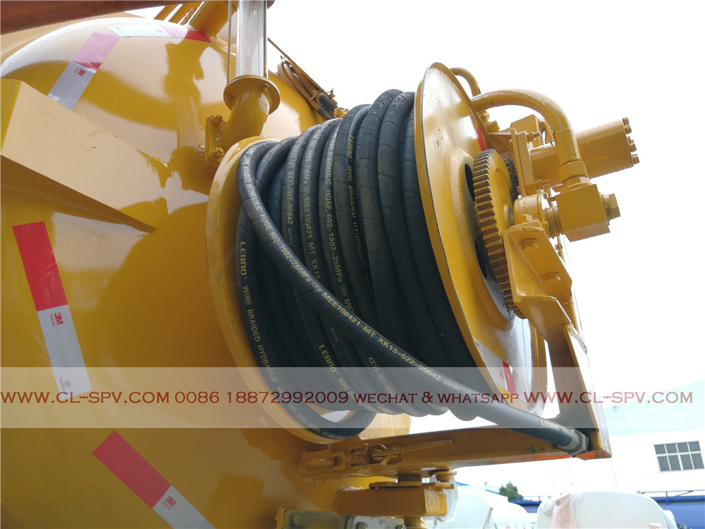 high pressure water pipe and reel device
