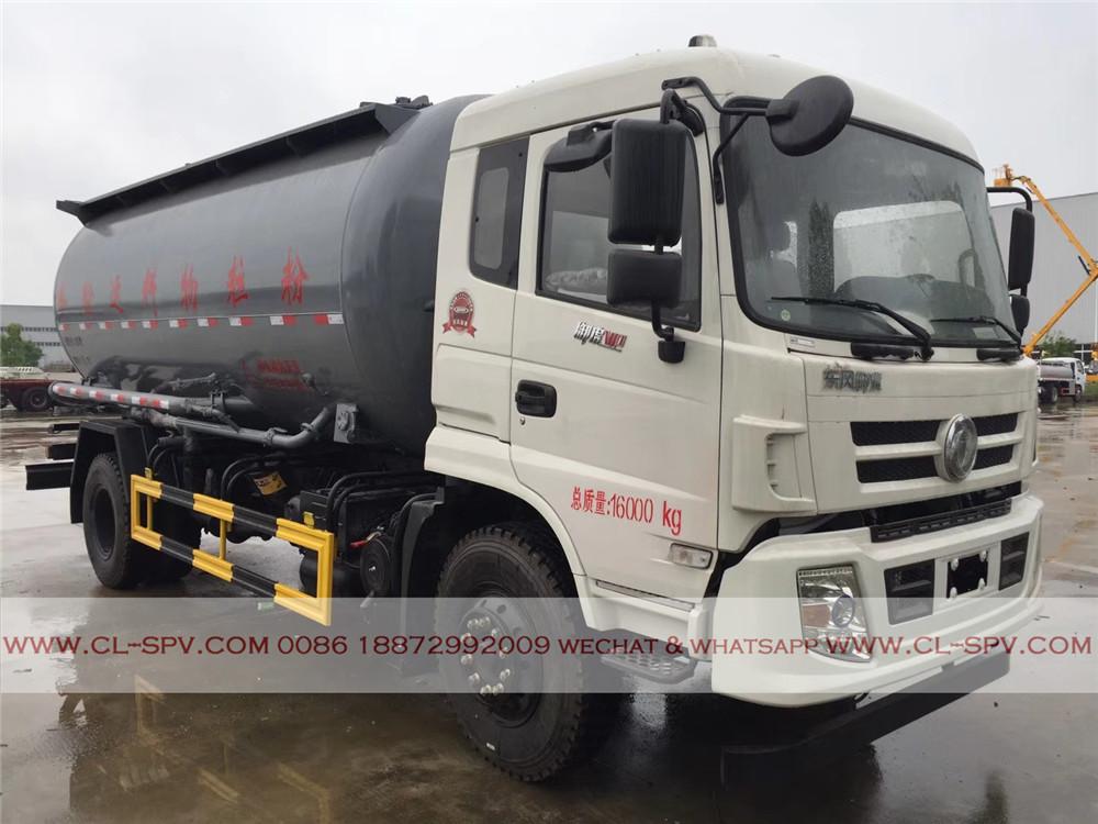 pneumática descarregando caminhão de cimento a granel