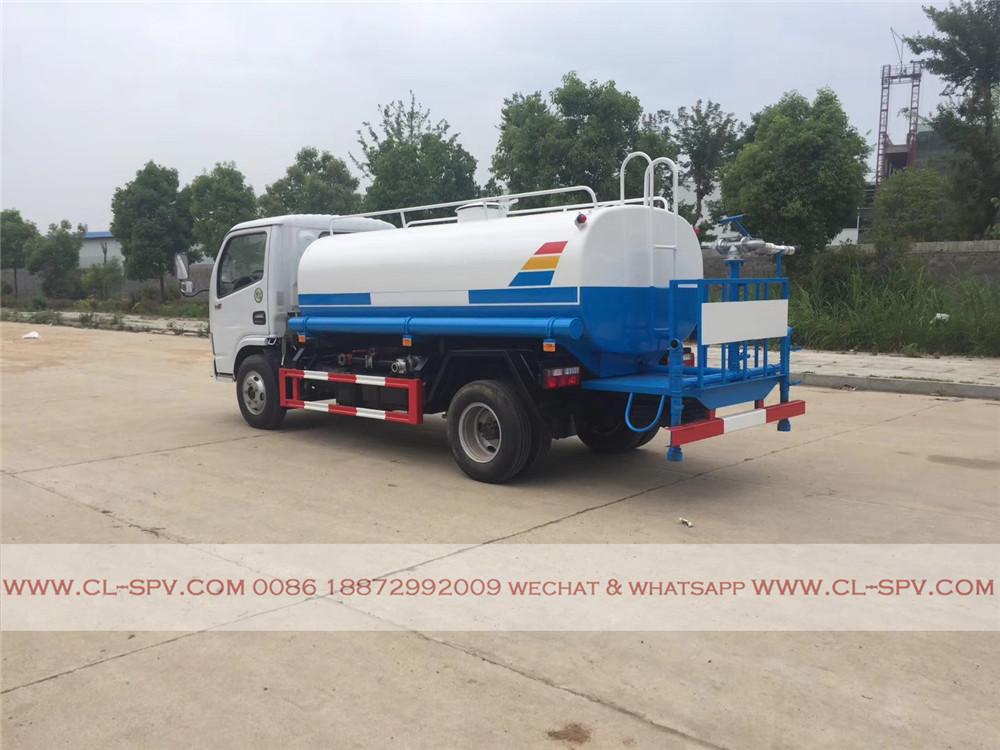 5000 升运水卡车