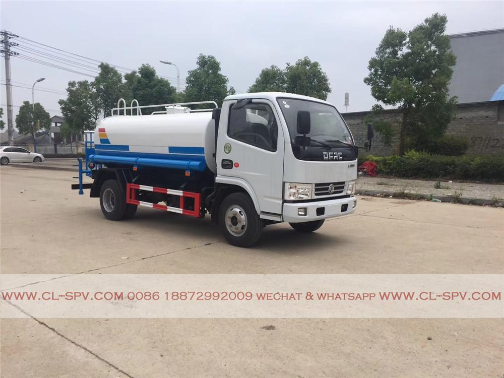 DCAF 5000 litres camion d'eau