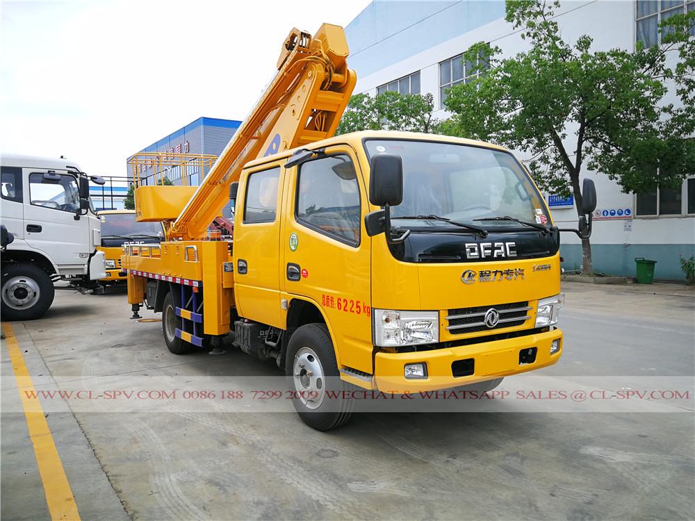 Dongfeng 4 doors aerial platform truck