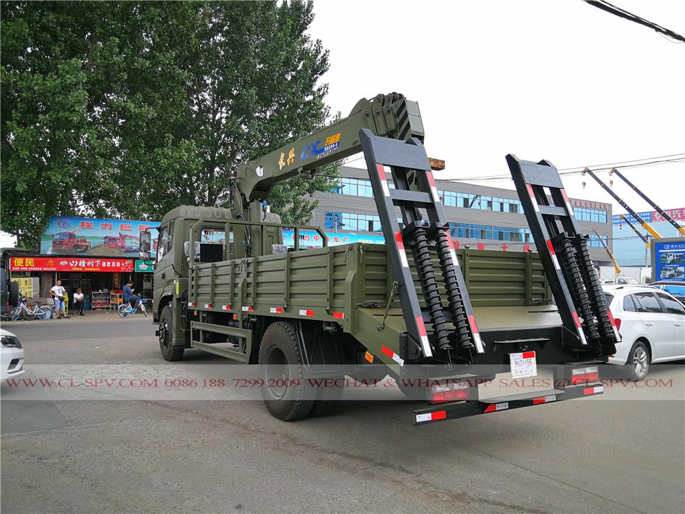 সি এক্স সঙ্গে এর মধ্যে Dongfeng ট্রাক ফিরে দেখুন 10 টন কপিকল