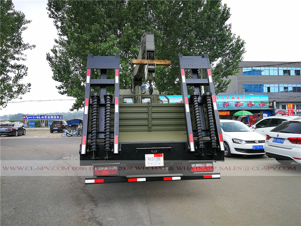 Dongfeng truck with CX 10 tons crane