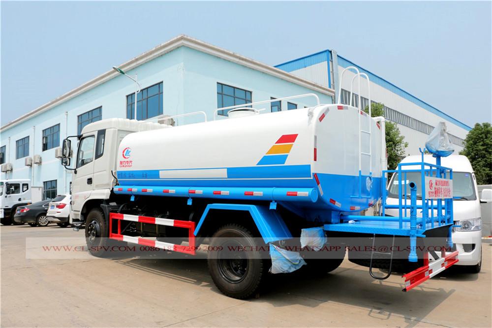 Le camion de l'eau de Dongfeng