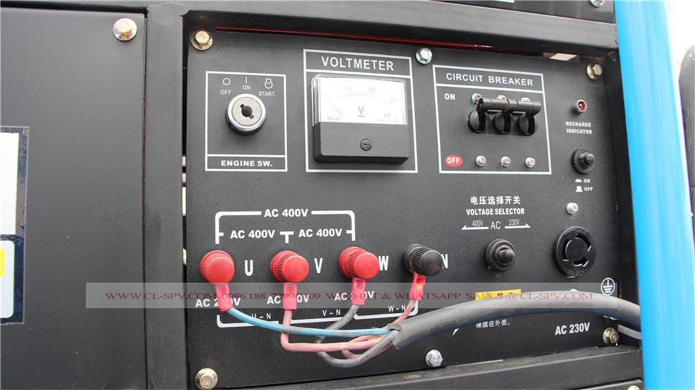 système de contrôle de l'électricité sur le camion d'eau