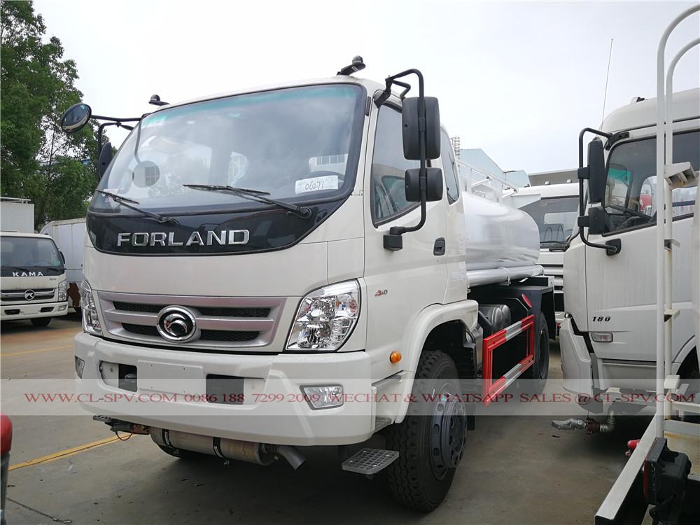 Foton 4wd 6000 liters fuel tanker truck