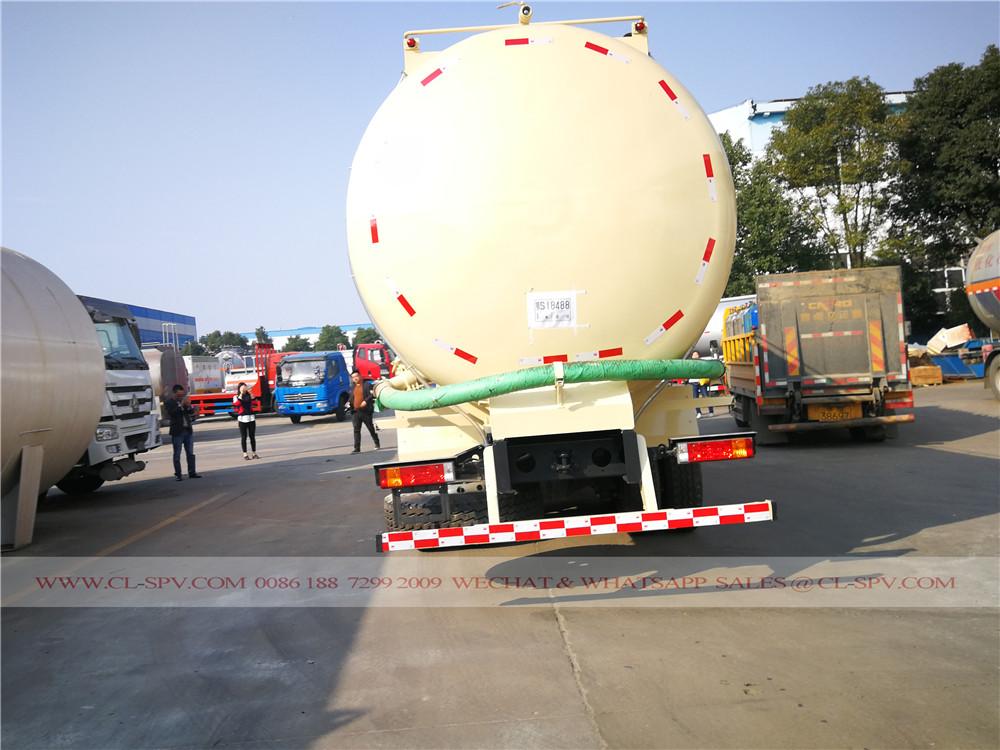 Shacman camión de transporte a granel de cemento