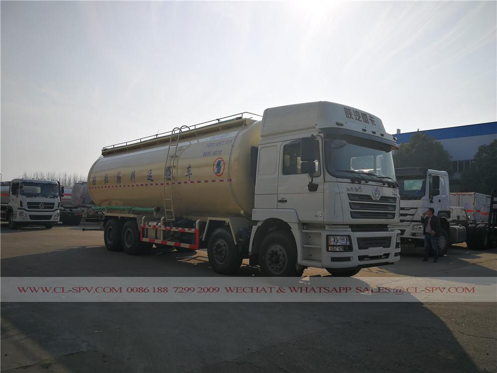 China 40000 los litros de cemento a granel camión de transporte