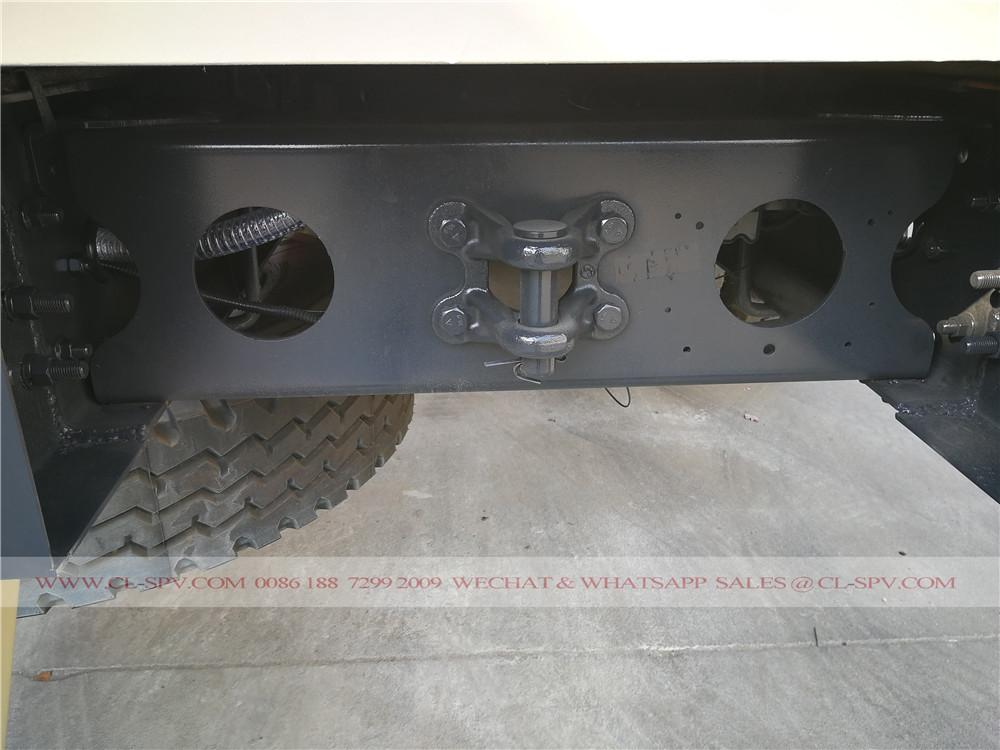 neumático de repuesto en camiones de cemento a granel