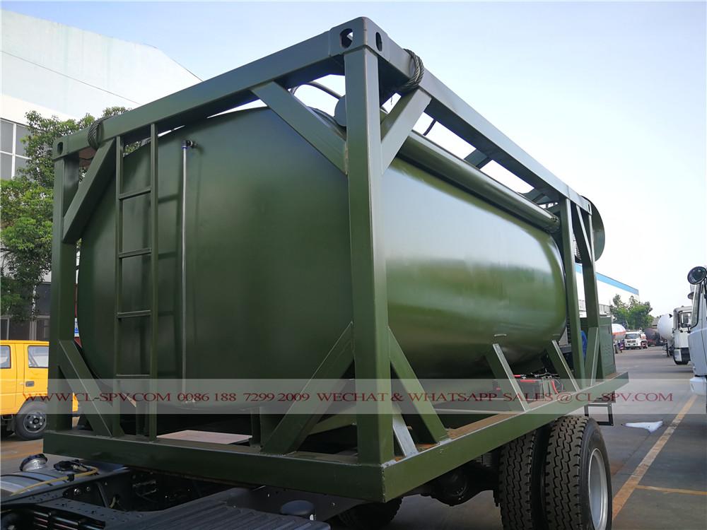 tanque de agua de clase militar