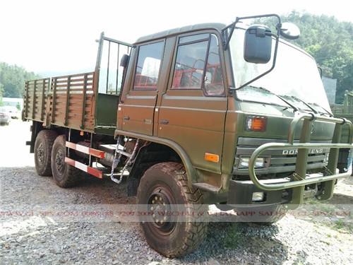 Dongfeng 6wd militärische Besatzung LKW