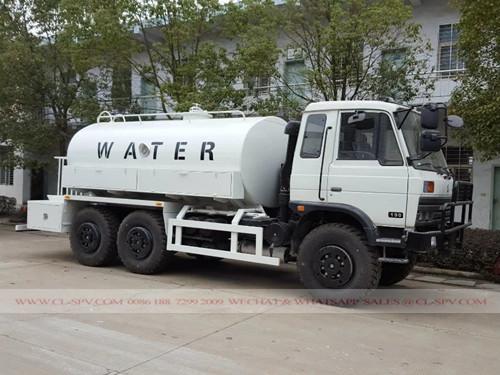 شاحنة لنقل المياه العسكرية دونغفنغ