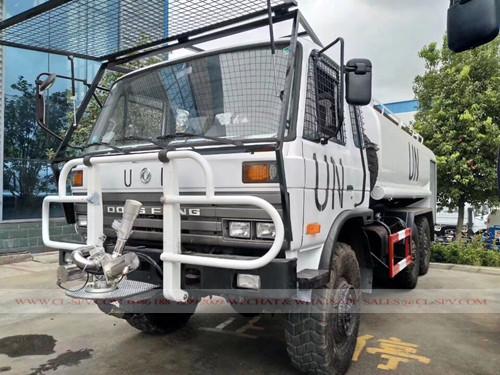 شاحنة مياه دونغفنغ awd