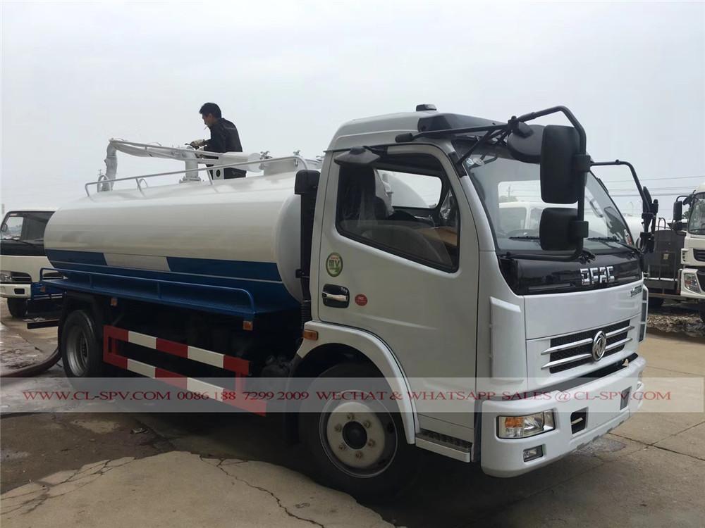 8000 Liter fäkale Saugwagen