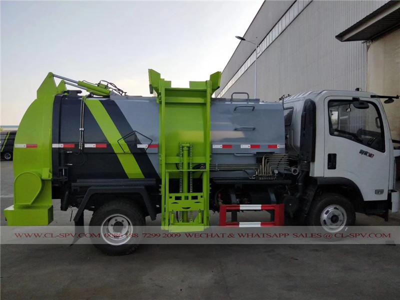 东风挂桶式垃圾车