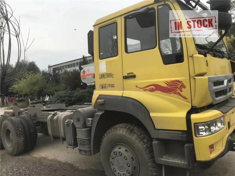 Sinotruk châssis de camion 6x4 en stock