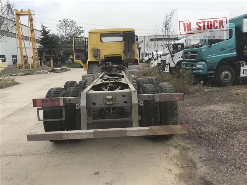 Howo mélangeur 6x4 camion en stock