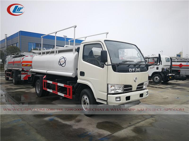東風 5000 リットル燃料タンカー
