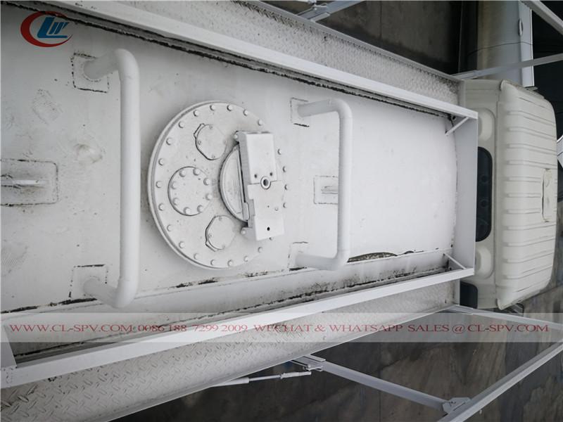 DFAC 5000 リットル燃料タンカートラック