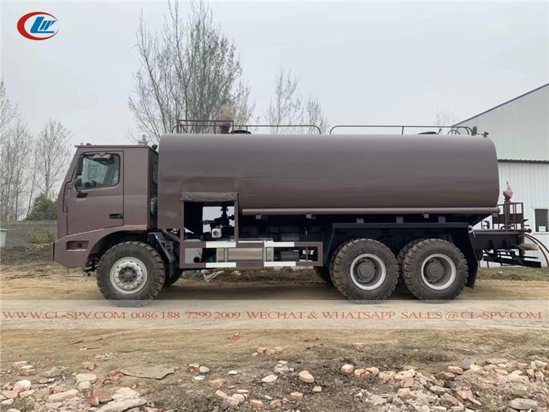 40 cbm off road water truck
