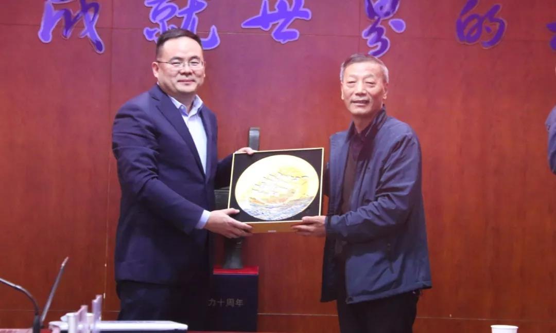 Chengli গ্রুপের সঙ্গে Foton ট্রাক সহযোগিতা