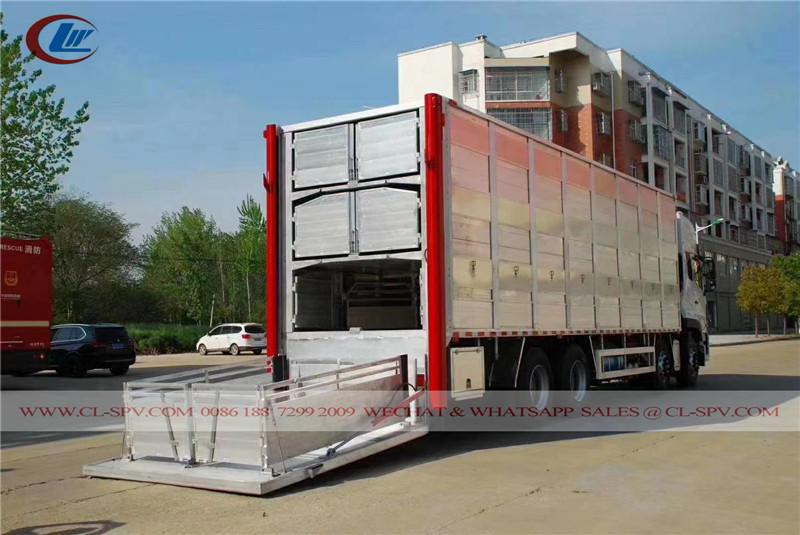Trasportatore di bestiame in alluminio Dongfeng