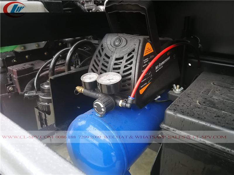 Compresseur d'air sur camion de ravitaillement en carburant isuzu 600P