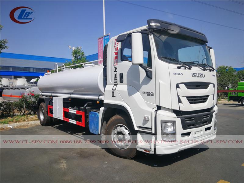 Isuzu GIGA 10000 caminhão de transporte de água potável litros