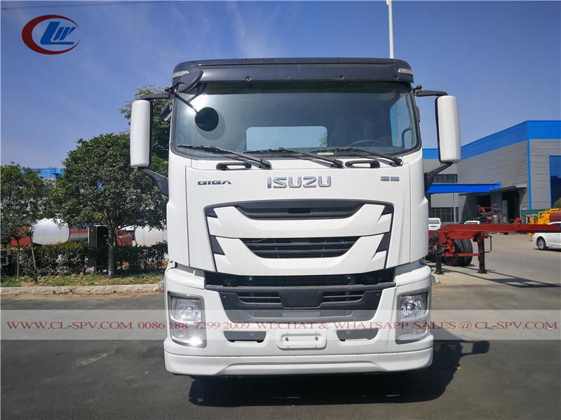 Isuzu GIGA 10000 liters drinking water transport truck
