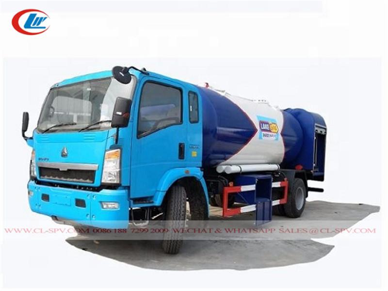 Howo LPG filling bob tail truck