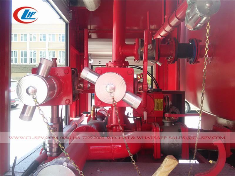 مضخة حريق من Dongfeng 7.5 طن شاحنة إطفاء المياه