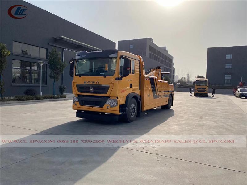 Howo 4x2 heavy duty wrecker truck