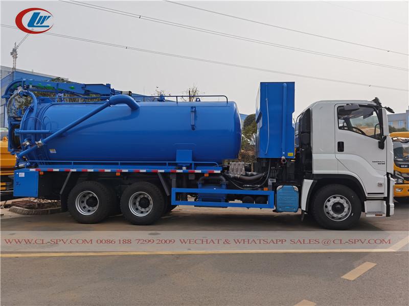 Isuzu Giga vacuum sewage waste truck