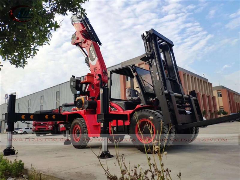 Chariot élévateur avec 100 tonnes grue