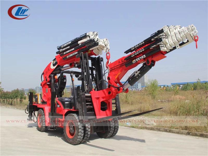 Chariot élévateur avec 10 tonnes grue