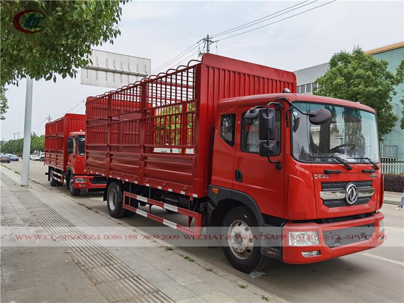 Транспортное средство с решетчатой решеткой Dongfeng