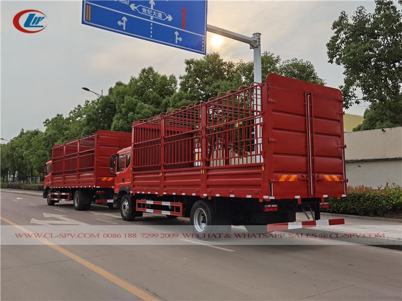 Автомобиль с решетчатым тент-каркасом Dongfeng D9