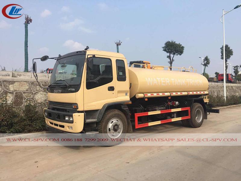 Isuzu FTR 10 000 litros de água potável