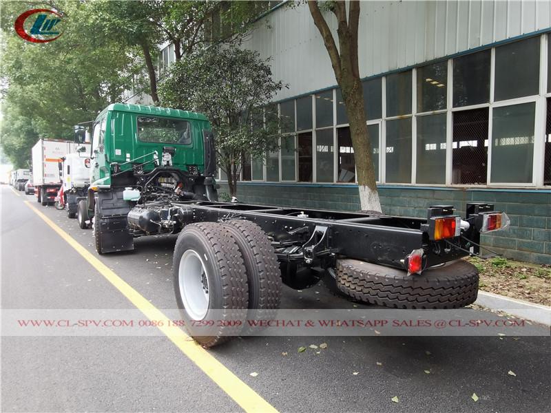 China Isuzu FTR truck chassis
