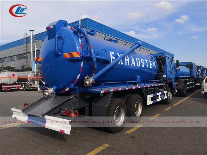 Howo 3 Achsen Vakuum Abwasserwagen