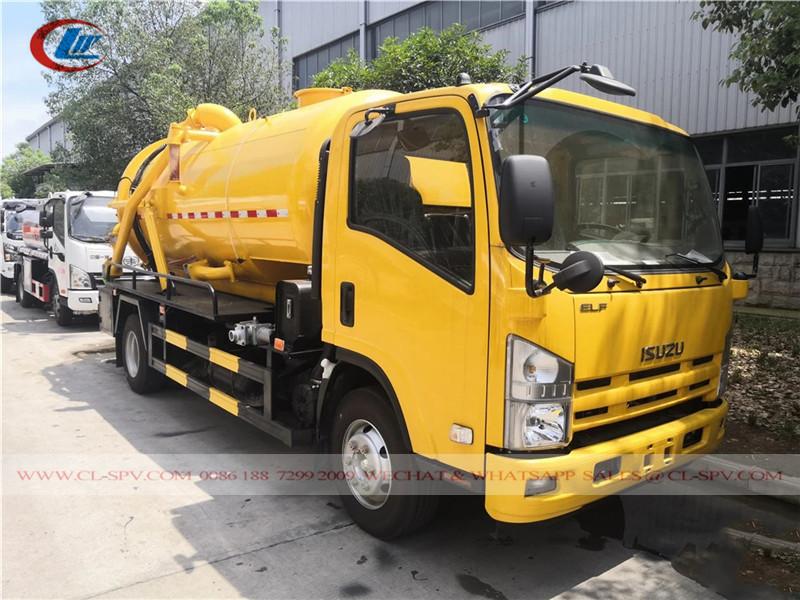 Isuzu 700P Вакуумная канализационная машина
