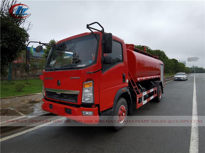 Sinotruk howo cdw water fire fighting vehicle