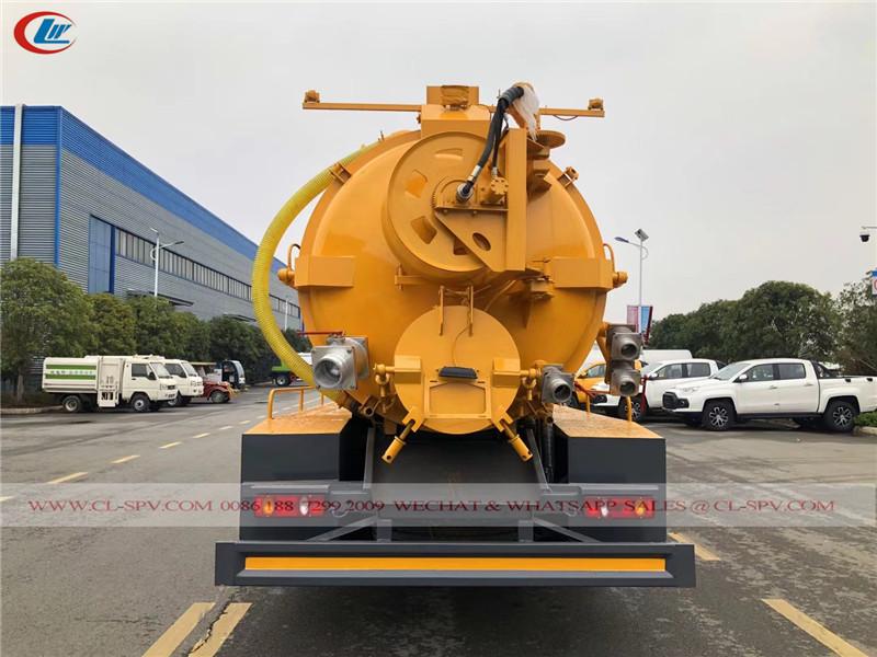 Dongfeng vacuum sewage truck
