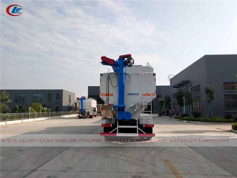 Dongfeng bulk food truck