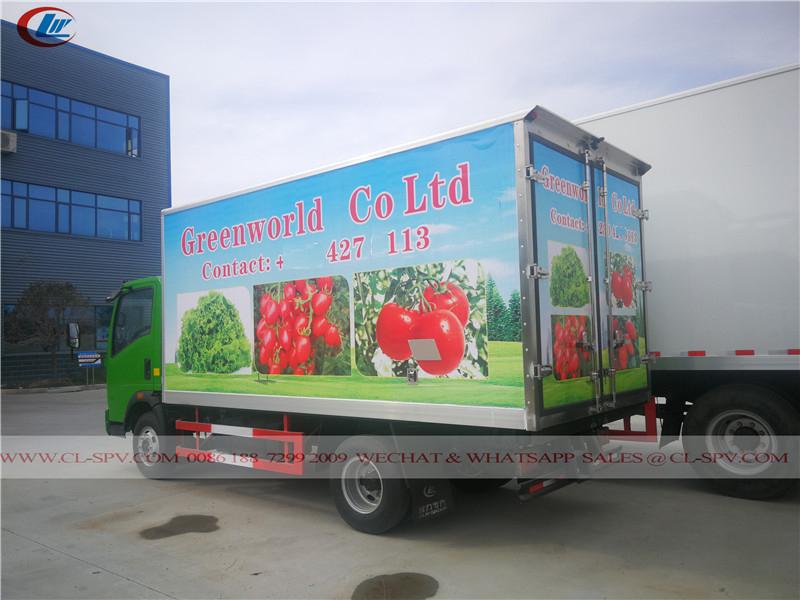Howo reefer van truck