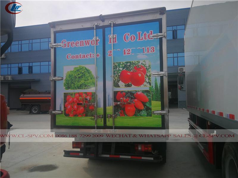 Howo refrigerated van truck