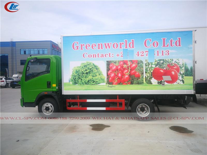 Howo fresh food cool van truck