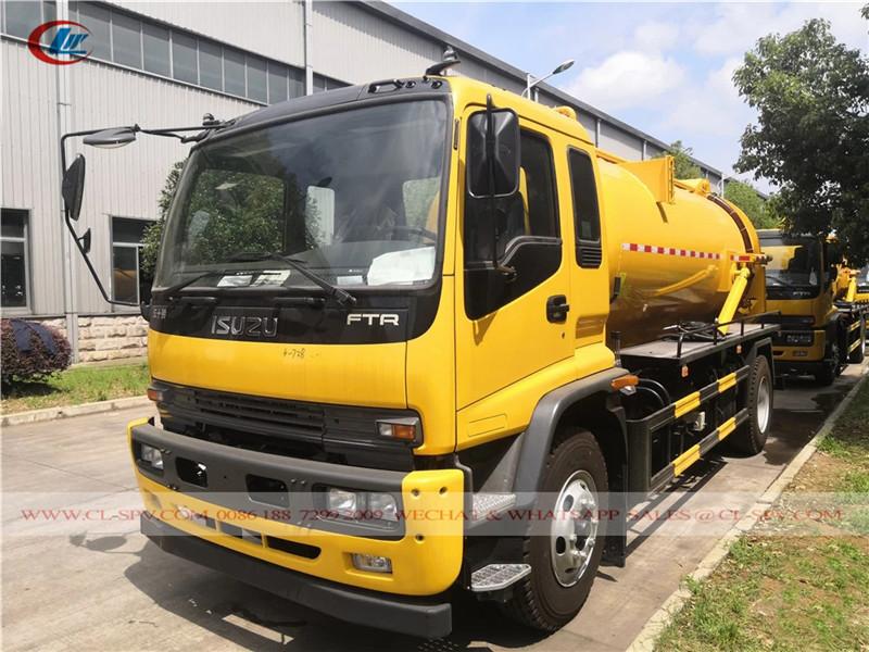 Isuzu FTR vacuum truck