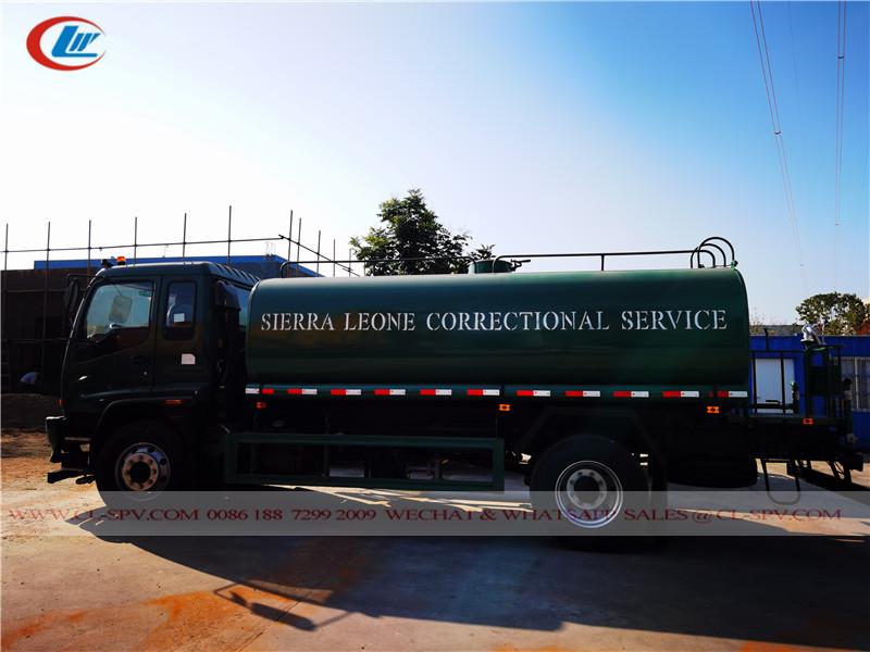 شاحنة مياه ايسوزو FVR - خدمة التصحيح في سيراليون